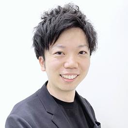 東京店のスタイリスト 前田 拓郎